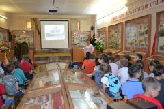 19.07.19 Урок памяти Сталинградская битва 9 школа